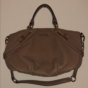Coach Bags - Coach hand bag with shoulder strap